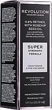 Düfte, Parfümerie und Kosmetik Gesichtsserum mit Retinol und Wildrosenöl - Revolution Skincare Retinol Serum 0,5% With Rosehip Seed Oil