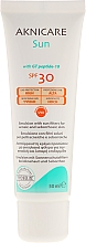 Gesichtsschutzcreme speziell für die zur Akne neigende oder fettige Haut SPF 30 - Synchroline Aknicare — Bild N2