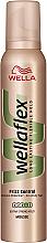 Düfte, Parfümerie und Kosmetik Anti-Frizz Mousse für lockiges Haar Extra starker Halt - Wella Pro Wellaflex Frizz Control