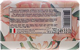 Naturseife Noble Cherry Blossom & Basil - Nesti Dante Natural Soap Romantica Collection — Bild N2