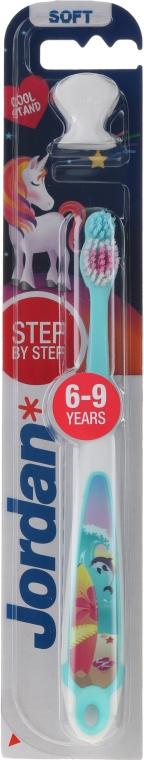 Kinderzahnbürste 6-9 Jahre weich Step by Step Delfin - Jordan — Bild N1