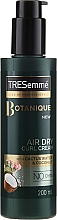 Düfte, Parfümerie und Kosmetik Stylingcreme für lockiges Haar - Tresemme Botanique Air Dry Curl Cream