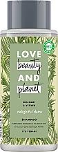 Düfte, Parfümerie und Kosmetik Entgiftendes Shampoo mit Rosmarin und Vetiver für normales und fettiges Haar - Love Beauty&Planet Delightful Detox Rosemary & Vetiver Vegan Shampoo