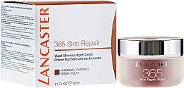 Düfte, Parfümerie und Kosmetik Regenerierende Nachtcreme für eine jugendlich strahlende Haut - Lancaster 365 Skin Repair Youth Memory Night Cream