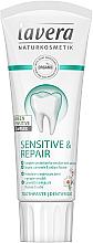 Düfte, Parfümerie und Kosmetik Zahnpasta für empfindliche Zähne mit Kamille und Natriumfluorid - Lavera Sensitive & Repair Toothpaste