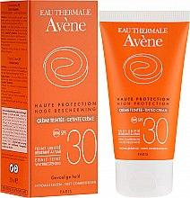 Getönte Sonnenschutzcreme für empfindliche Haut SPF 30 - Avene Haute Protection Tinted Creme SPF30 — Bild N1