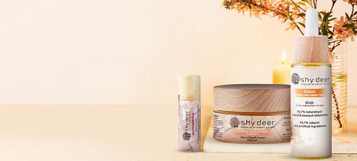 Beim Kauf eines beliebigen Produkts von Shy Deer erhalten Sie eine natürliche Lippenbutter geschenkt