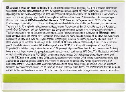 Mattierende Tagescreme SPF 15 - Avon True Nutra Effects — Bild N3