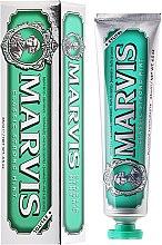 Düfte, Parfümerie und Kosmetik Zahnpasta mit Minze und Xylitol - Marvis Classic Strong Mint + Xylitol