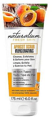 Sanftes Gesichtspeeling mit Aprikosenextrakt - Naturalium Invigorating Apricot Scrub — Bild N1