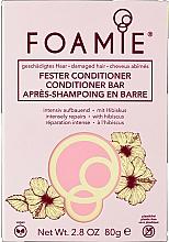 Düfte, Parfümerie und Kosmetik Intensiv aufbauender fester Conditioner mit Hibiskus für geschädigtes Haar - Foamie Hibiskiss Conditioner Bar