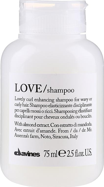 Pflegendes Shampoo für lockiges Haar - Davines Love Curl Enhancing Shampoo — Bild N1