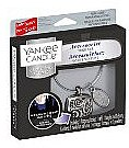 Autoduftanhänger - Yankee Candle Midsummer's Night Square Charming Scents Starter Kit (Medaillon + Duftstein + Charm-Anhänger + Band) — Bild N1