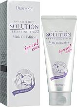 Düfte, Parfümerie und Kosmetik Feuchtigkeitsspendender Gesichtsreinigungsschaum mit Nerzöl - Deoproce Natural Perfect Solution Cleasing Foam Mink Oil