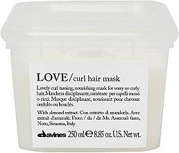 Düfte, Parfümerie und Kosmetik Feuchtigkeitsspendende Haarmaske mit Mandel-Extrakt - Davines Love Curl Hair Mask