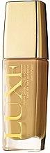Düfte, Parfümerie und Kosmetik Cremige Foundation LSF 10 - Avon Luxe Foundation SPF 10