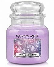 Düfte, Parfümerie und Kosmetik Duftkerze im Glas Snowflakes Glistening - Country Candle Snowflakes Glistening