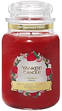 Düfte, Parfümerie und Kosmetik Duftkerze im Glas Strawberry - Yankee Candle Strawberry Limited Edition Jar