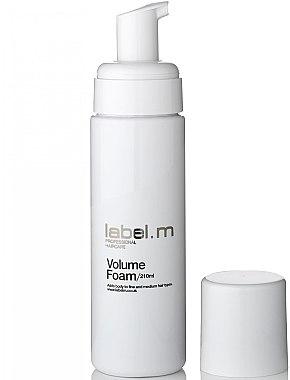Volumen-Schaumfestiger für mehr Fülle - Label.m Volume Foam — Bild N1