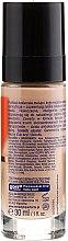 Mattierende Foundation mit Vitamin C 2in1 - Perfecta Make-Up Fenomen C — Bild N2