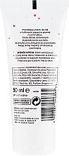 Feuchtigkeitsspendende Handcreme mit Ertbeerduft - Ziaja Hand Cream — Bild N2