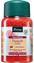 Düfte, Parfümerie und Kosmetik Badesalz Kirschblüte - Kneipp Favourite Time Cherry Blossom Bath Salt