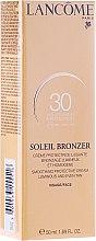 Düfte, Parfümerie und Kosmetik Sonnenschutzcreme für das Gesicht - Lancome Soleil Bronzer Smoothing Protective Cream SPF 30