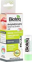 Düfte, Parfümerie und Kosmetik Antibakterieller Lippenbalsam - Bioteq Antibacterial Stick