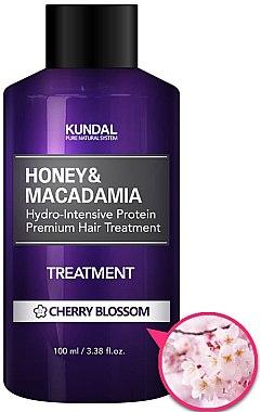 Intensiv feuchtigkeitsspendende Haarspülung mit Kirschblüten - Kundal Honey & Macadamia Treatment Cherry Blossom — Bild N1