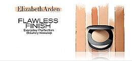 Kompakt-Foundation - Elizabeth Arden Flawless Finish Everyday Perfection Bouncy Makeup — Bild N7