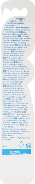 Zahnbürste mittel Complete 5 Way Clean hellblau-weiß - Oral-B Complete 5 Way Clean 40 Medium — Bild N2