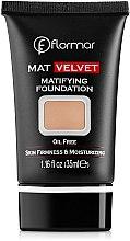 Düfte, Parfümerie und Kosmetik Mattierende Foundation - Flormar Mat Velvet Matifying Foundation
