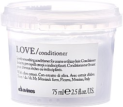Düfte, Parfümerie und Kosmetik Glättender Conditioner für widerspenstiges Haar - Davines Love Lovely Smoothing Conditioner