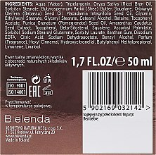 Pflegende Gesichtscreme - Bielenda Botanic Formula Pomegranate Oil + Amaranth Nourishing Cream Day/Night — Bild N3