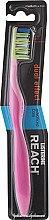 Düfte, Parfümerie und Kosmetik Zahnbürste mittel Dual Effect rosa - Listerine Reach Dual Effect Medium