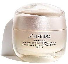Düfte, Parfümerie und Kosmetik Glättende Anti-Falten Gesichtscreme SPF 25 - Shiseido Benefiance Wrinkle Smoothing Cream SPF 25