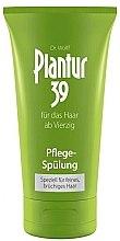 Düfte, Parfümerie und Kosmetik Pfelende Spülung gegen Haarausfall für feines und brüchiges Haar - Plantur Pflege Spulung