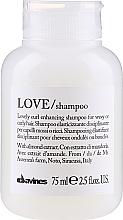 Düfte, Parfümerie und Kosmetik Pflegendes Shampoo für lockiges Haar - Davines Love Curl Enhancing Shampoo