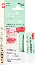 Düfte, Parfümerie und Kosmetik Intensiv regenerierender Lippenbalsam rot - Eveline Cosmetics Sos Expert Red Tint Lip Balm