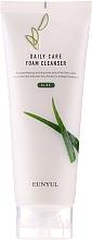 Düfte, Parfümerie und Kosmetik Gesichtsreinigungsschaum mit Aloe Vera - Eunyul Daily Care Aloe Foam Cleanser