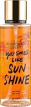 Düfte, Parfümerie und Kosmetik Parfümiertes Körperspray - Victoria's Secret You Smell Like Sunshine Fragrance Mist