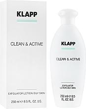 Düfte, Parfümerie und Kosmetik Hautkräftigendes Gesichtswasser mit Salicylsäure und Hamamelis - Klapp Clean & Active Exfoliator Oily Skin