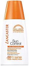 Düfte, Parfümerie und Kosmetik Anti-Falten Sonnenschutz Fluid gegen dunkle Flecken LSF 50 - Lancaster Sun Control Anti-Wrinkles & Dark Spots